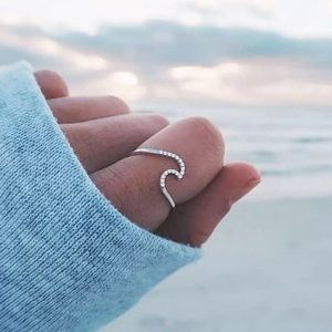 Jewelry - WAVE ♡ Crystal Ring